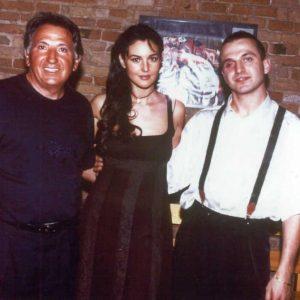 Renato con suo figlio e una giovanissima Monica Bellucci